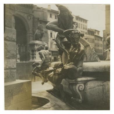 Anonimo, Firenze, Piazza Signoria, Ammannati Bartolomeo, Fontana del Nettuno, geltina bromuro d'Ag/ carta, CC BY-NC-ND