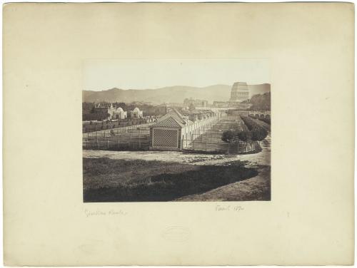 anonimo, Giardino Reale, sfondo con mole Antoneliana senza guglia, albumina, CC BY-SA