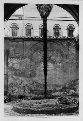 Gigli, Attilio, Bologna, Pal. Banzi, cortile giardino con veduta prospettica, gelatina/ pellicola, CC BY-NC-ND