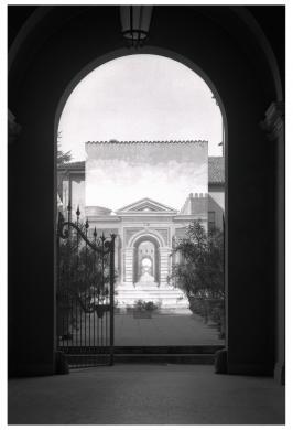 Gigli, Attilio, Cento, Pal. Tavecchi, Giardino con veduta prospettica, dall'atrio, gelatina/ pellicola, CC BY-NC-ND