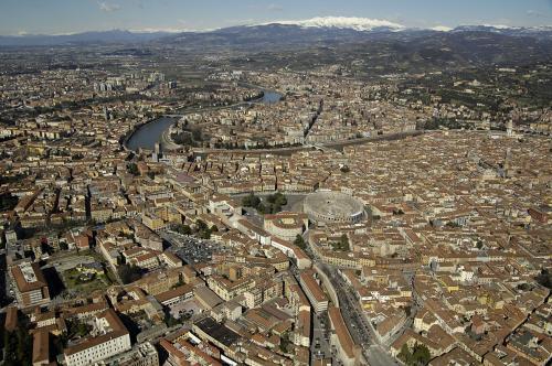 BAMSPhoto, Veduta di Verona, file digitale, CC BY-SA