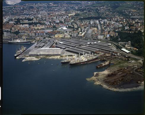 Bugamelli, Annalena, Trieste, il porto, Gelatina ai sali d'argento/pellicola, CC BY-SA