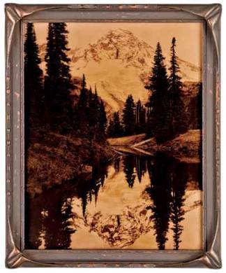 Autore non identificato, [Mount Rainier], orotone/ vetro, positivo su lastra di vetro alla gelatina bromuro d'argento, CC BY-SA