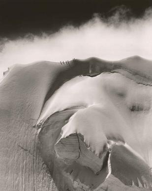 Washburn, Henry Bradford, Dopo il temporale, [Cresta Est del Doldenhorn, Svizzera], gelatina bromuro d'argento/ carta, positivo b/n, CC BY-SA