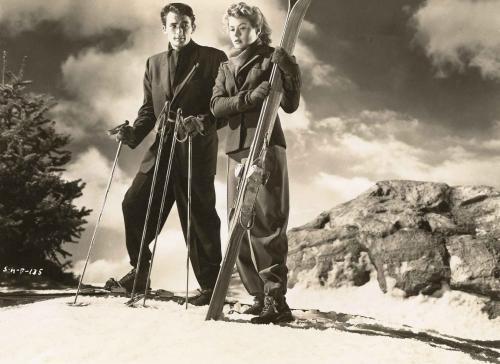 Autore non identificato, Ingrid Bergman e Gregory Peck in una foto dal film Spellbound [Io ti salverò] di Alfred Hitchcock, gelatina cloro-bromuro d'argento/ carta, positivo b/n, CC BY-SA