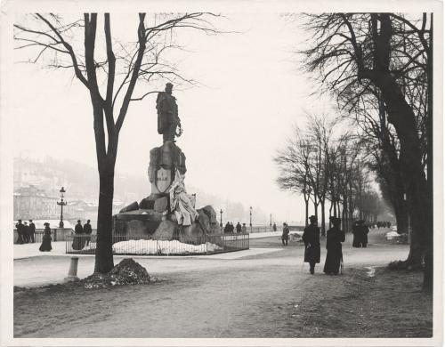 Dall'Armi, Gian Carlo, Torino, corso Cairoli e monumento dedicato a Giuseppe Garibaldi, carta/gelatina, CC BY-SA