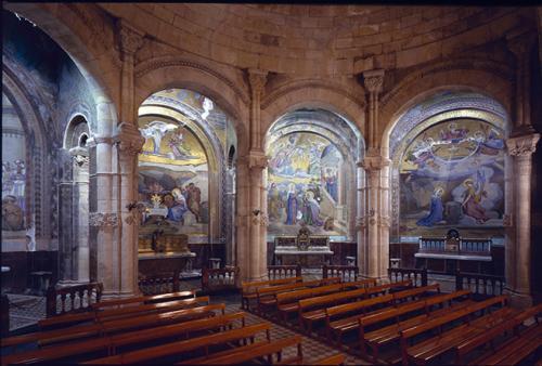 Ciol, Elio, Mosaici realizzati da Giandomenico Facchina, Basilica di Lourdes (Francia), diacolor, CC BY-NC-ND