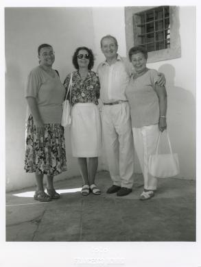 Nonino, Francesco, Pietro Luisa Vissat e la famiglia, Spilimbergo, incontro di Friuli nel Mondo, 02/08/1998, stampa ai sali d'argento, CC BY-SA