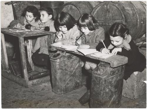Chiaraluce - Poletto, Scuola di campagna, carta/gelatina, CC BY-SA