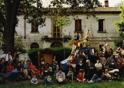 Del Comune, Attilio, dalla serie La famigliona, stampa Ilfochrome / carta, CC BY-NC-ND