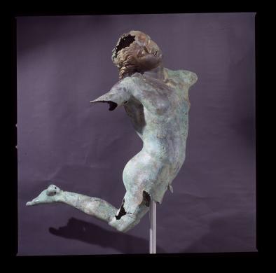 Piccioni, Paolo, Ambito greco sec. IV a.C., Satiro danzante, statua di bronzo, Mazara Del Vallo, Chiesa di Sant'Egidio, Museo del Satiro, dopo il restauro, 17/12/2002, diapositiva cm 6X6, CC BY-SA
