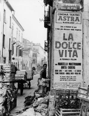 Giacobbi Giorgio, Felliniana, 1960, Stampa originale ai Sali di bromuro d'argento su carta baritata, CC BY-SA
