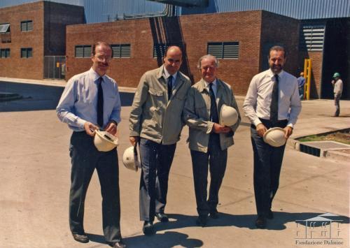 Fondo Techint - Paolo, Agostino, Roberto e Gianfelice Rocca, 1990 circa, gelatina bromuro d'argento, CC BY-NC-ND