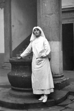 Sconosciuto, La crocerossina Contessa Sofia Serristori 1918, CC BY-SA