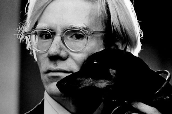 L'archivio fotografico segreto di Andy Warhol finirà presto online