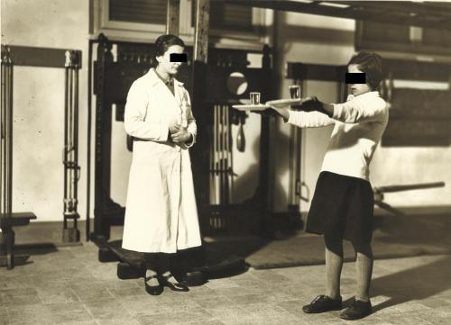 Vita scolastica, 1960 ca, Stampa alla gelatina ai sali d'argento, CC BY-SA