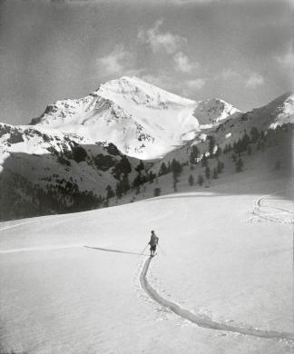 Andreis, Felice, Sestriere, Piemonte, 1928, Stampa vintage al bromuro d'argento (28,5x24 cm), CC BY-SA