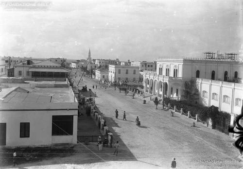 di Savoia, Luigi Amedeo, Mogadiscio. Corso Vittorio Emanuele III, 07/1926, Lastra, CC BY-SA