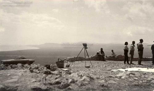 Sella, Gaudenzio, Prima dell'eclissi di sole a San Benito al Cocebre, 30/08/1905, Stampa alla gelatina, CC BY-SA