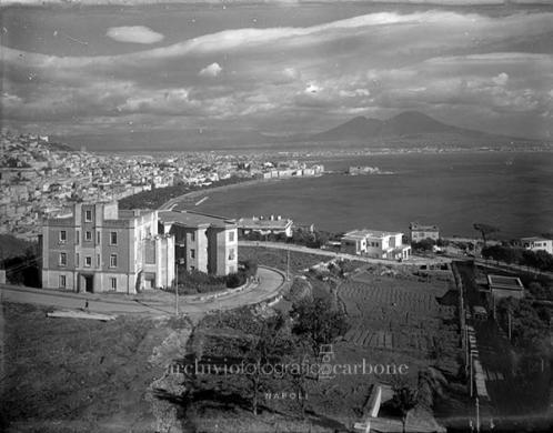 Carbone, Riccardo, Funicolare di Mergellina nel 1949, 1949, gelatina bromuro d'argento / vetro, CC BY-SA