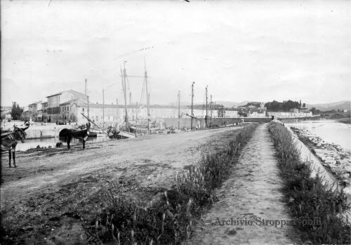 Attilio Pozzoli, Pesaro, via Doria, via Badò e ponte fuori Porta Rimini, 1902, CC BY-SA