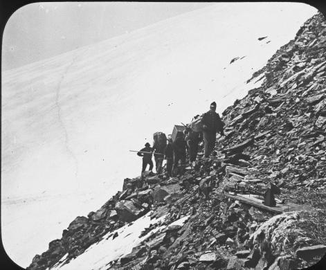Marcia di Alpini sul Monte Rosa, CC BY-SA