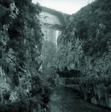 Fototeca Centrale FS, Linea Cuneo-Ventimiglia, costruzione del ponte nei pressi di Fontan Saorge, 1978, CC BY-NC-ND