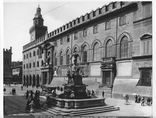 Laboratorio fotografico Archivi Alinari, Bologna, Fontana del Nettuno, 1980 circa, positivo alla gelatina a sviluppo, CC BY-NC-SA