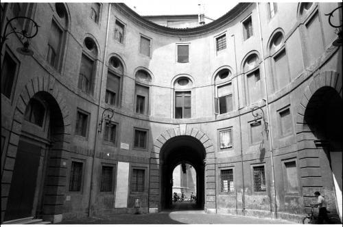 Teatro comunale di Ferrara, 1980 circa, negativo su pellicola di poliestere, CC BY-SA