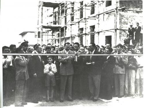 Anonimo, Inaugurazione Rione Passarelli, Matera, 1952, CC BY-NC-SA