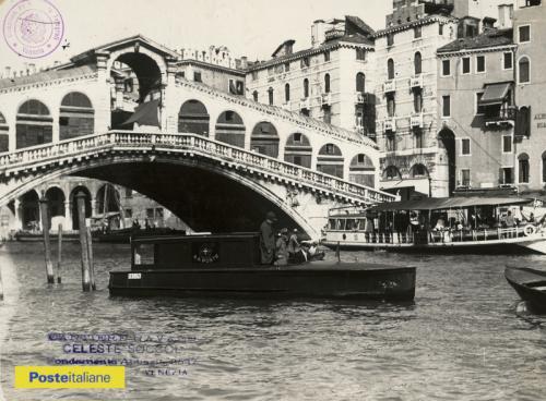 Fine anni Trenta, Venezia. Motoscafo delle Regie Poste in navigazione sul Canal Grande, CC BY-NC-ND