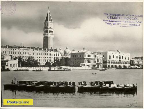 Fine anni Trenta, Venezia. Motoscafi delle Regie Poste nel bacino di San Marco, CC BY-NC-ND
